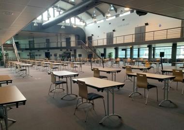 Atrium en configuration examen et concours
